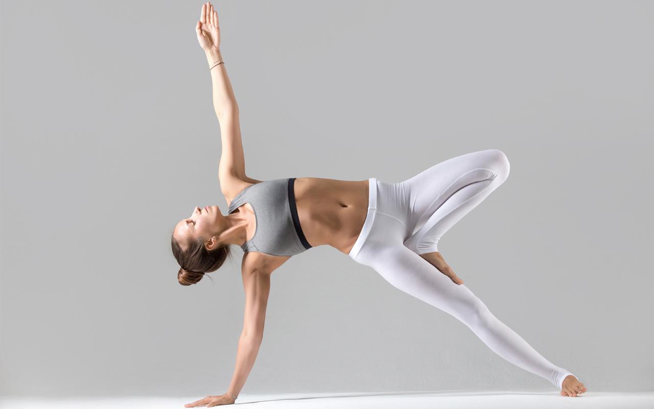 yoga, beneficios, poses y posturas para principiantes