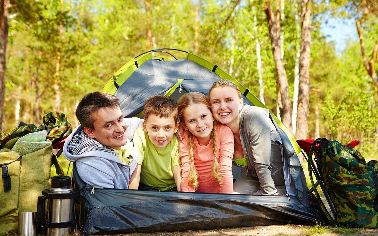 Beneficios de los campamentos familiares