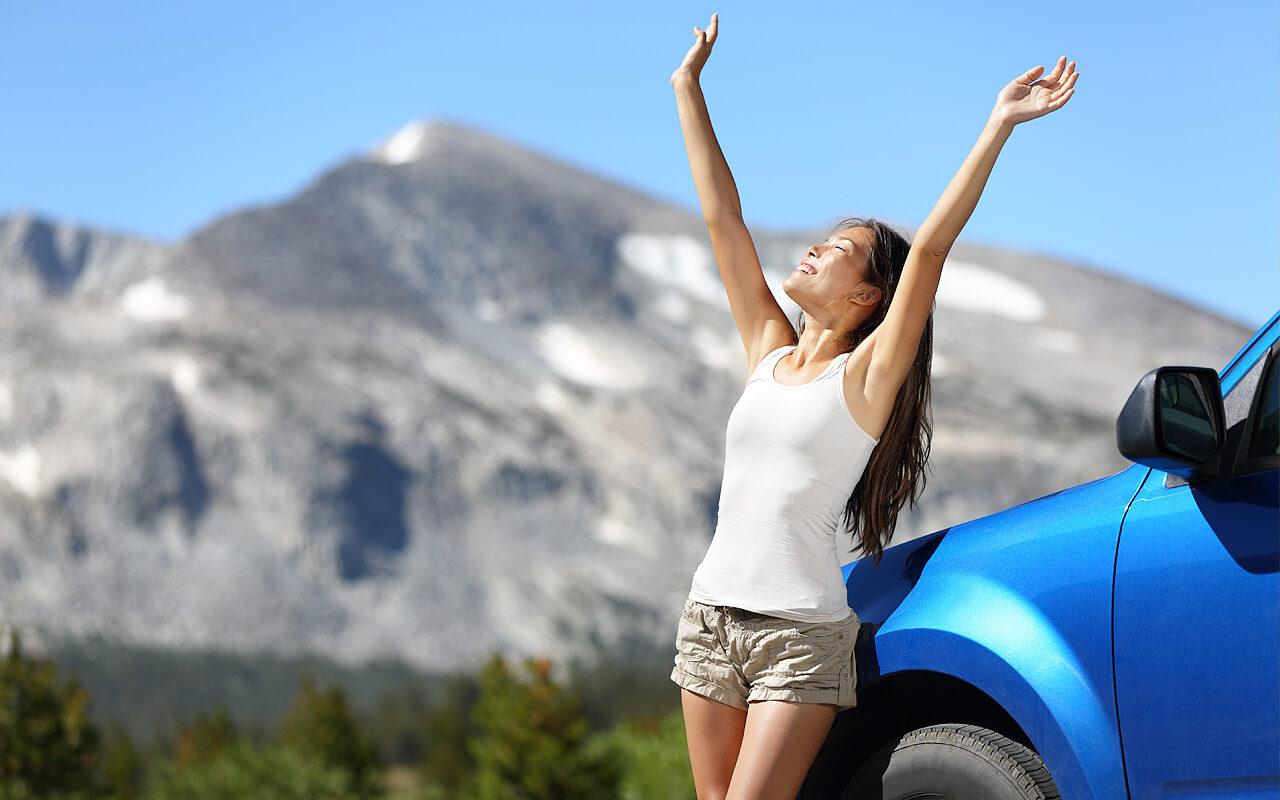 ejercicios rápidos durante un viaje en coche