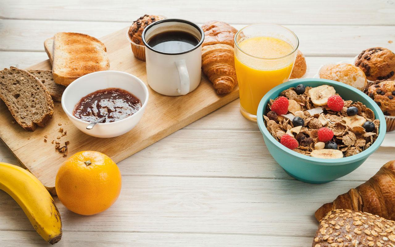 Cómo hacer un desayuno saludable y completo hasta para diabéticos