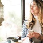 Introspección y felicidad: ¿Inviertes en ella o la compras? Un viaje retrospectivo