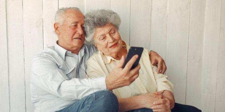 asistente-personas-mayores